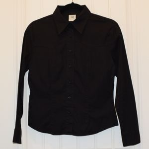 Long Sleeve Black Button-Up Shirt in Small